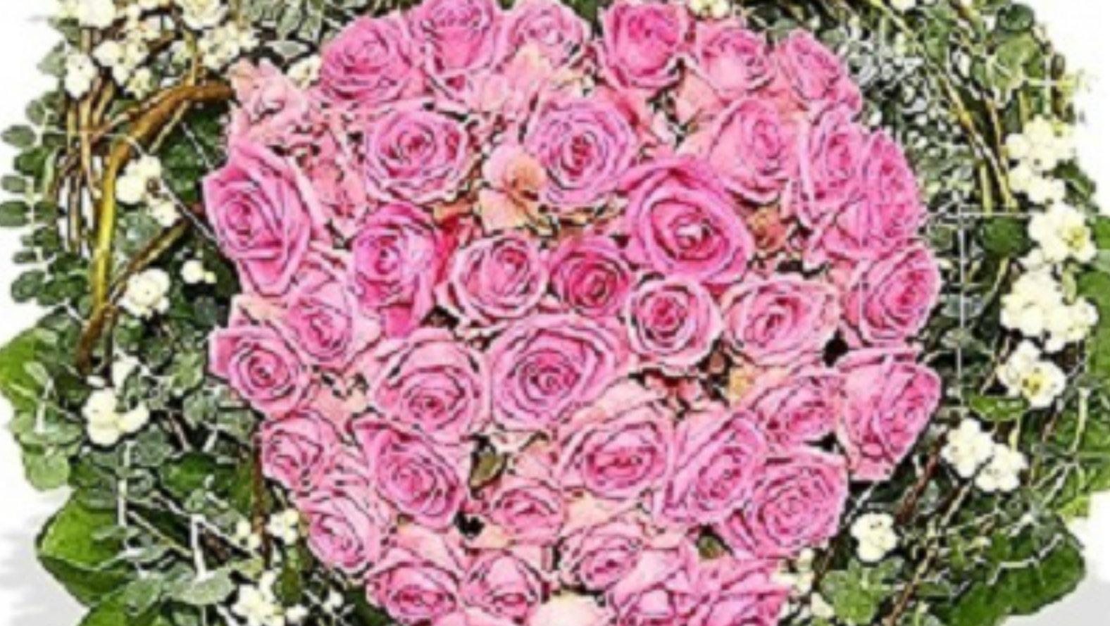 Pink Roses Heart Flower Tribute